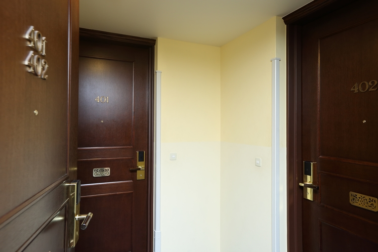 アジョイニングルーム(隣同士のツイン2室)