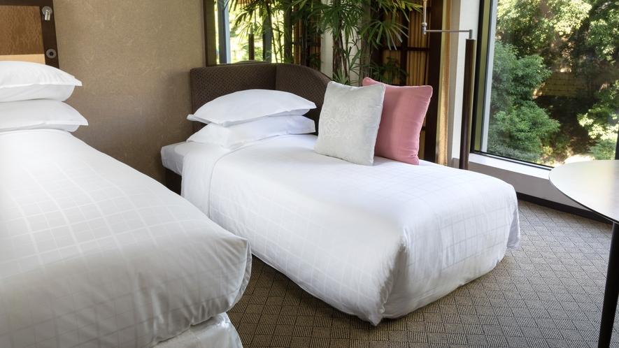 コンフォートフロア デラックスツインを3名でご利用の場合は、1台をソファーベッドでご用意いたします。