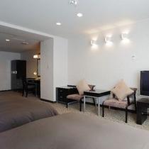 温泉付き特別室ツインルーム(28㎡)ベッド幅120cm×2台 ご予約はお電話にてお問合せください