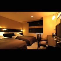 ツインルーム(17㎡)ベッド幅110cm×2台