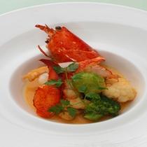 オマール海老と帆立貝のフリカッセ