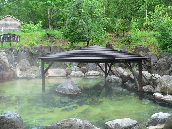 ニセコの温泉は多種多様。(写真:湯心亭)