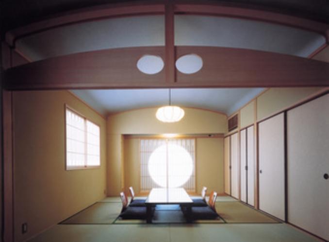 2F中宴会場兼和室14畳バストイレ共同タイプ