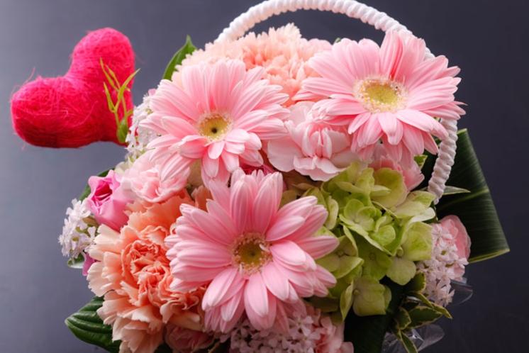 オプションで花束等のご注文承ります。