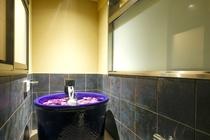 特別フロア「璃楽」 フラワーバス半露天風呂付客室/花霞