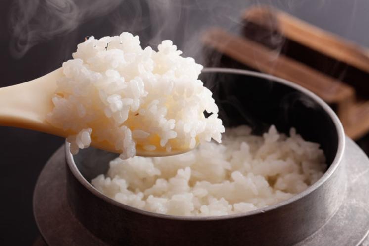 朝食(釜炊きごはん)