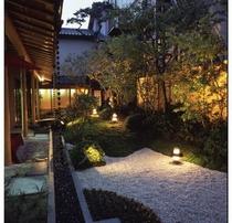 当館社長の自慢の中庭