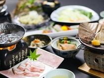 【秋のお得会席】「新潟県産四つ葉ポークすき焼き」「甘鯛の朴葉焼き」「松茸釜飯」