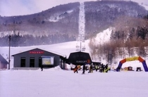 [周辺レジャー]アルツ磐梯スキー場まで車で5分の好アクセス!