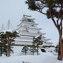 *[周辺観光]幻想的な雪景色に包まれる冬の鶴ヶ城