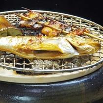 *【冬のお料理 炙り焼き】日本海の海鮮素材と地物の野菜を使い、炭火の上で楽しく焼きます。