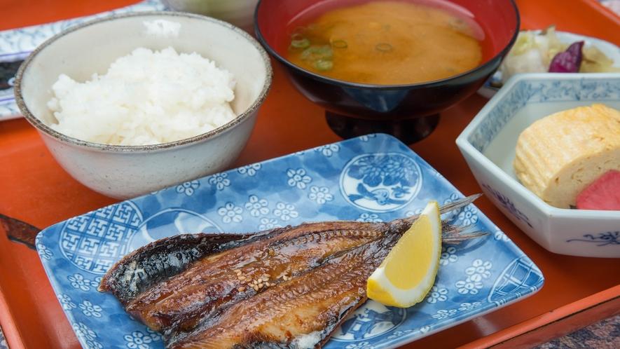 *【朝食一例】宮津で揚がった干物か味醂干しをお出しします!
