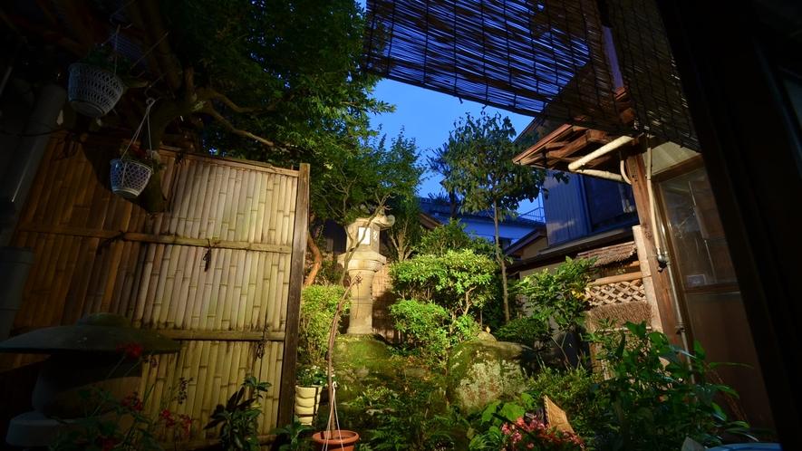 *【茶六本館】国登録有形文化財にご宿泊!純和風の旅館です。