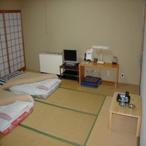 ファミリー・レジャーに和室10畳 共同バストイレ、有線LAN完備
