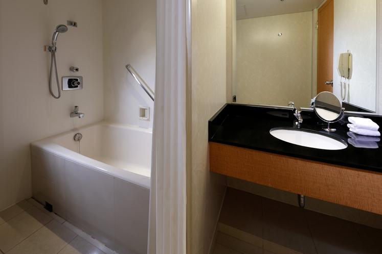 ジュニアスイートルーム バスルーム