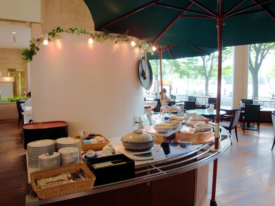 朝食風景(1F パークサイドカフェ)