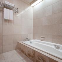 スイートルーム 浴室