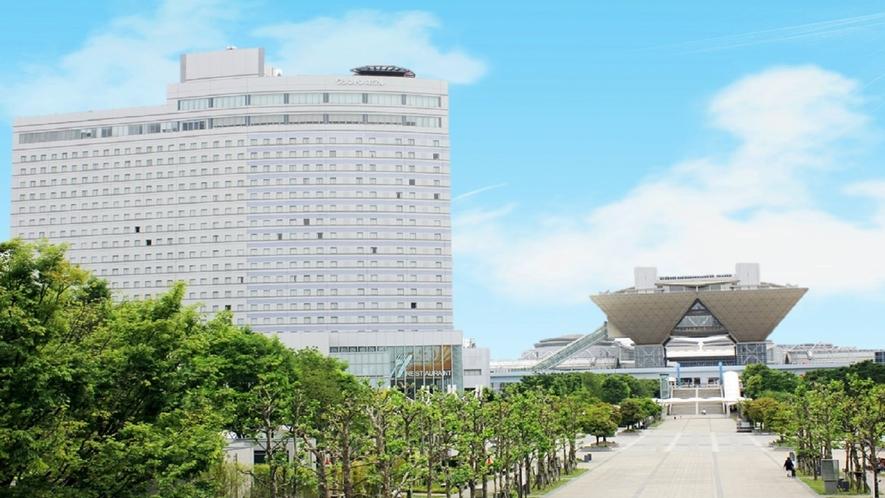 ホテル外観(朝)