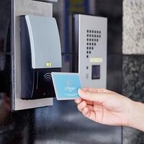 【ANNEX】カードキー:外出の際はカードキーをお持ち下さい。