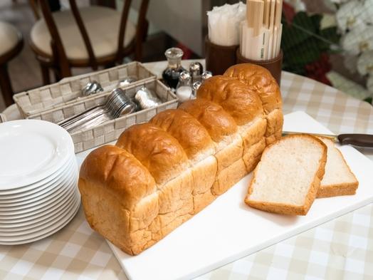 ★おすすめ★神戸ヘルシーモーニングセット〜イスズベーカリーの食パンにバターとオリーブオイルを添えて〜