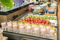 季節に応じた旬のフルーツやデザートをご用意!!