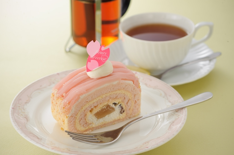 ラウンジルポー:ケーキセット