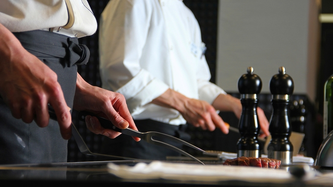 ◆SALE第4弾◆ミシュランガイド東海版掲載!鉄板焼ディナーが【2人で最大20000円お得】