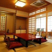 本館3F特別室は明るいゆったり和室
