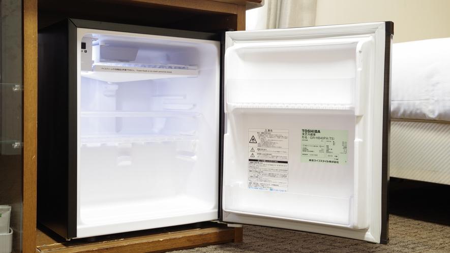 ●客室備品● 冷蔵庫