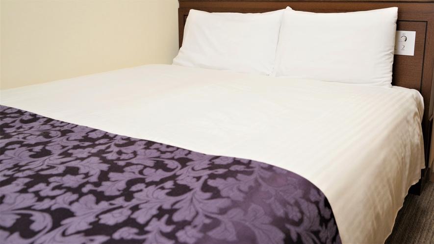 全室シモンズ社製のベッドを採用しています。