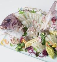 ビュッフェ「鯛の姿造り」