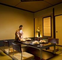 日本料理「源氏」個室