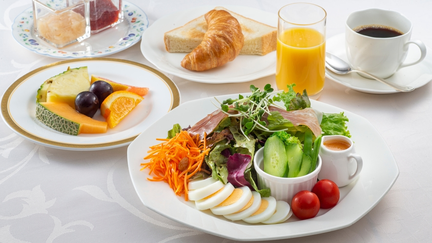 洋朝食 サラダブレックファースト 一例
