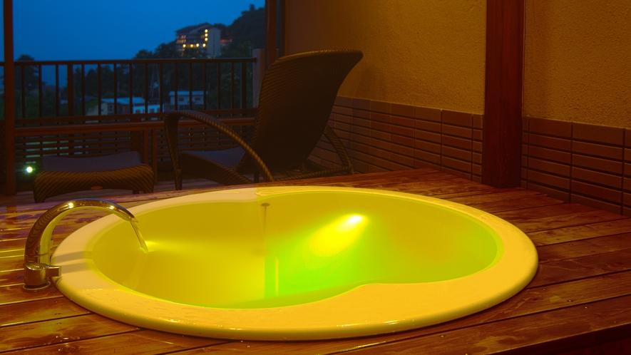 露天風呂付き客室-アクアライトバス(露天風呂)