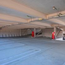 ■立体駐車場■