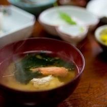 朝食(味噌汁)