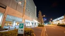 ホテル 駐車場入口