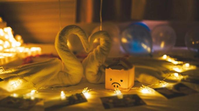 【プロポーズ大作戦】大切な人に一生の思い出を!思い出の写真などの飾り付けで二人だけの空間を演出☆