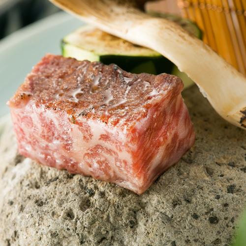 〜和牛の石焼〜料理アップ