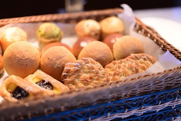 【秋冬旅セール】秋の行楽や年末年始のお出かけにもおすすめ!デラックスルーム<朝食付き>