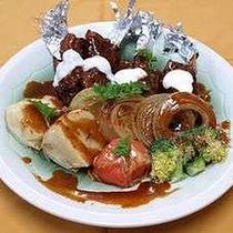 *骨付き豚バラ肉と焼野菜付き