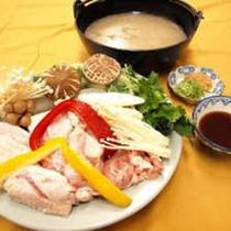 *骨付き鶏の白湯鍋