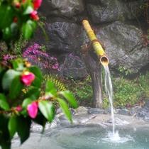 *【露天風呂(一例)】四季を感じる温泉で、ゆっくりリラックス♪