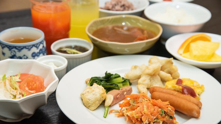 *朝食バイキング/朝食はバイキングでのご提供です。調味料にこだわった朝食ぜひご堪能ください。