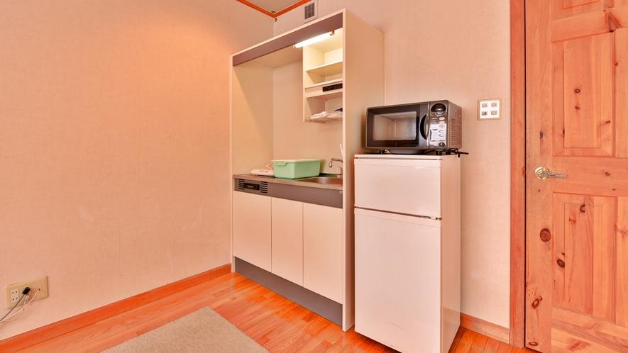 *コテージ(フラットタイプ)/簡単なキッチンも配置。ご自由にご利用ください。