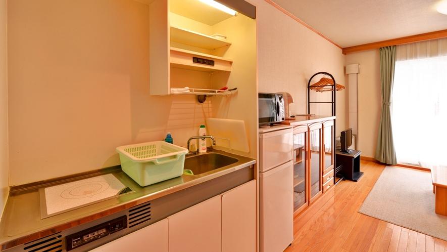 *コテージ(メゾネットタイプ)/簡単なキッチンも配置。ご自由にご利用ください。