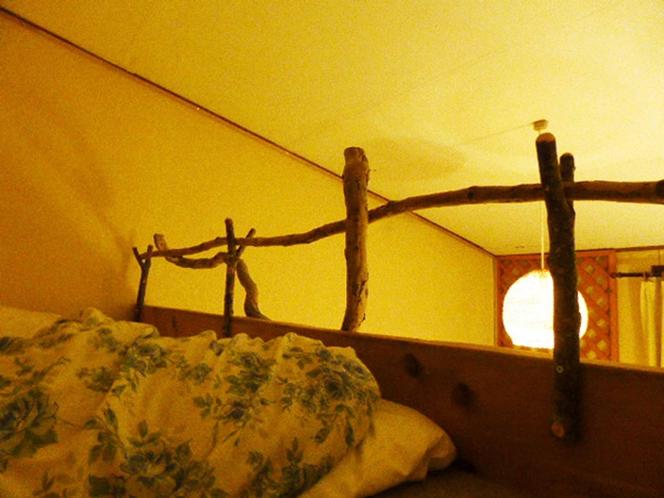 ツイントリプル 吊りベッドから