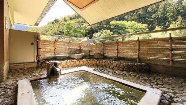 【最上階】源泉かけ流し露天風呂付プレミアムスイート