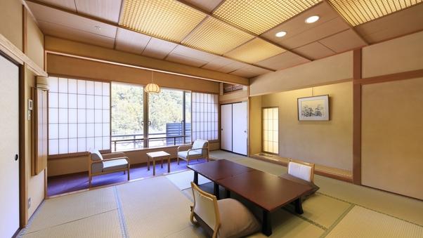【山側】和室12畳+檜の内湯