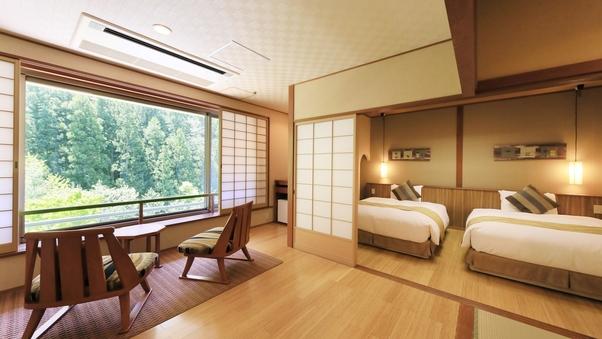 【山側和洋室】和室10畳+ツイン+檜の内湯